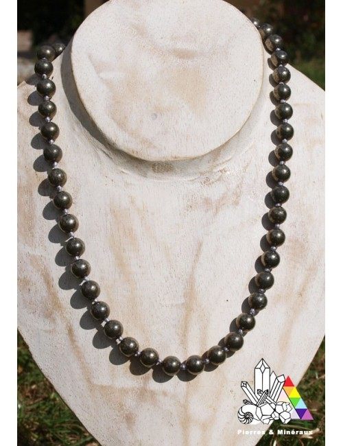 collier pyrite